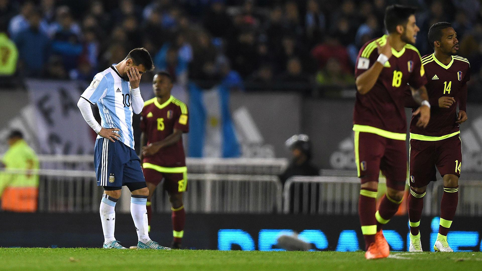 argentina gagal lolos