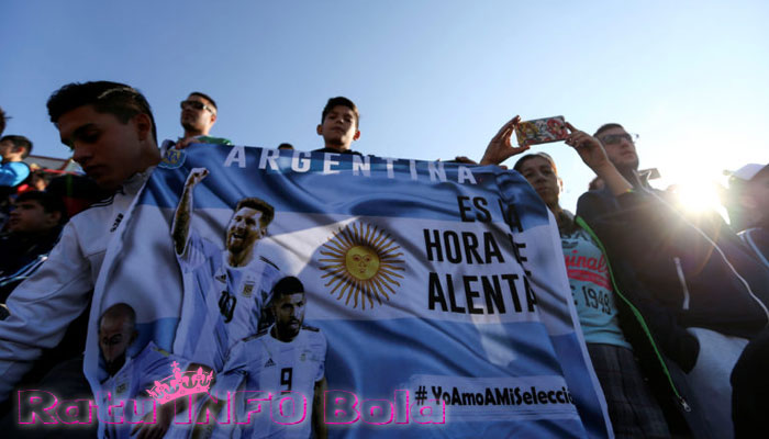 messi hattrick argentina
