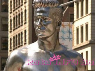 Patung David Beckham